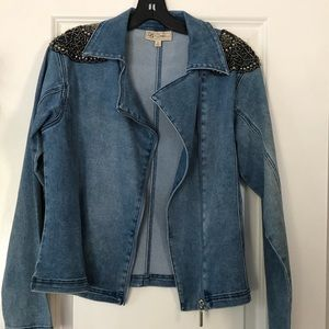 Jackets & Blazers - Great condition denim embroidered jacket